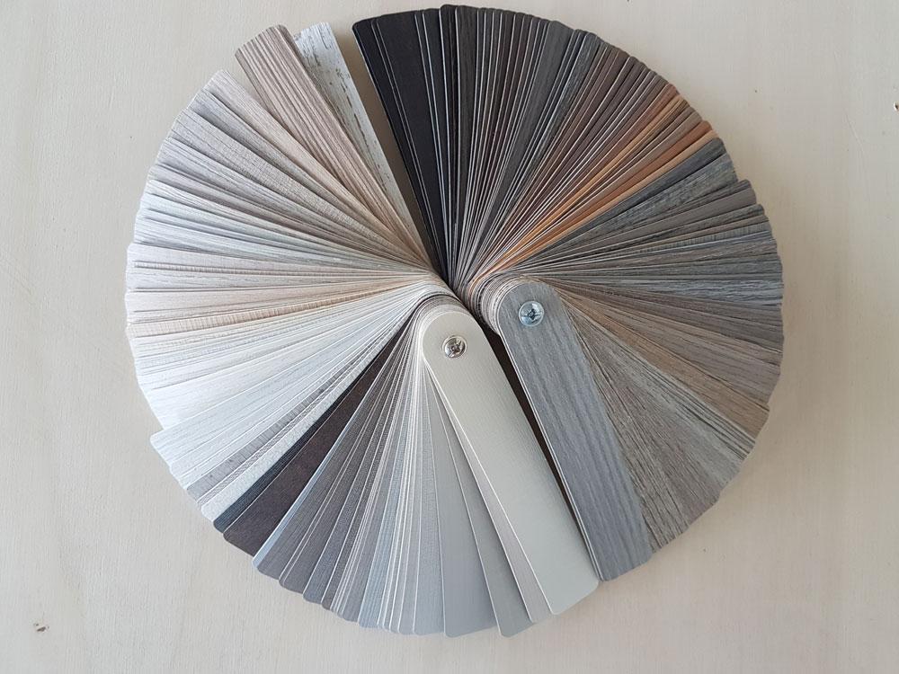 Immagine mazzetta finiture legno